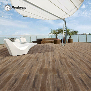 Wood Effect Outdoor Porcelain Tile Floor Tile